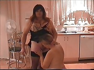 bbw tranny MILF blows smoking