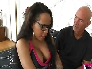 Cheerleader Nody Nadia sucked by a dude