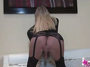 Ana Mancinis sexy black stockings
