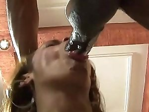 Teen tranny gets dirty & creamy